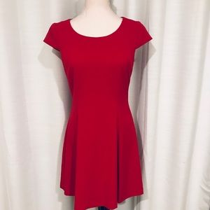 Tahari little red dress sleeveless size 6